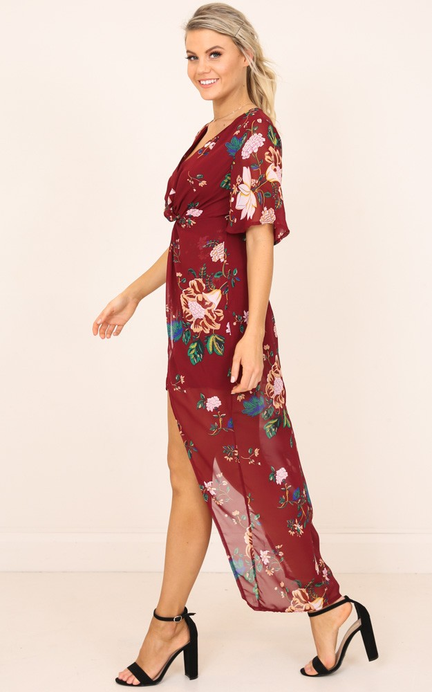 /c/a/carry_you_dress_in_wine_floral_ro.jpg