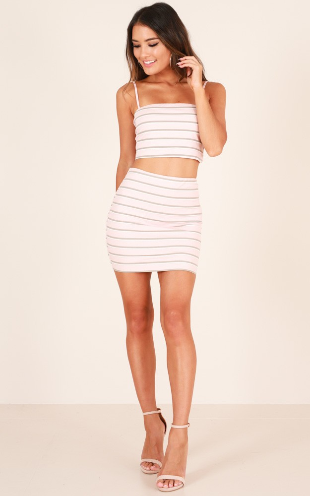 /t/h/thats_a_wrap_skirt_in_pink_stripe_tn.jpg