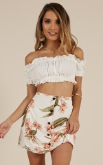 Delight Me crop top in white
