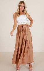 Black Out pants in camel