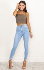 Christina Skinny Jeans in Light Wash Denim