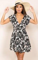 Deep Wide Ocean dress in black floral