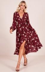 Delicate Crystal midi dress in wine floral