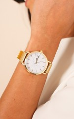 Either Way watch in gold