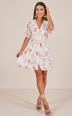 Flair Play dress in white floral