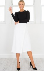 Grounded Culottes in white