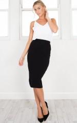 Indispensable Skirt in black