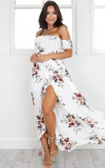 Lovestruck Maxi Dress in white floral