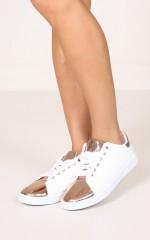 Qupid - Stewart in white