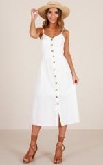 Sunrise Lover dress in white linen look
