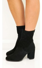 Therapy Shoes - Hoxton Boots in black micro