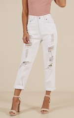 Victoria mum jeans in white