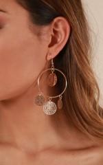 Electric Feel earrings in gold