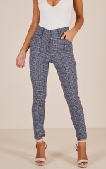 Mariana pants in navy print