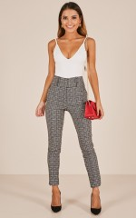 Mariana pants in black print