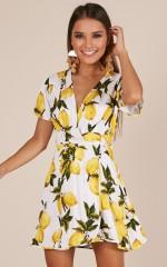 Sunrays dress in white print