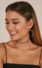 Meaningful Night earrings in gold