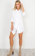 Comfortably shirt dress in white