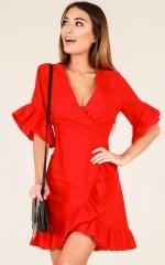Balmy Night dress in red linen look