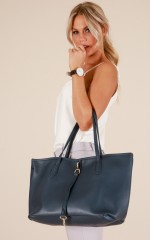 Got To Give bag in navy