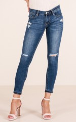 Mollie skinny jeans in mid wash