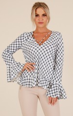 Perfect Morning top in navy check