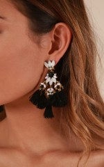 Like Candy earrings in black and gold