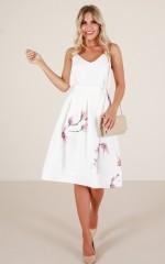 Dream Bigger skirt in white floral