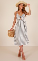 Sunday Candy dress in grey stripe linen look