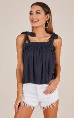 Chain Reaction top in navy