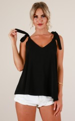 Speechless top in Black