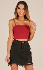 Modern Gal top in red