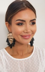 Right Time Earrings in black and gold