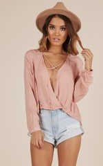 Feeling fine top in dark blush