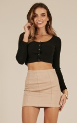 Finesse top in black