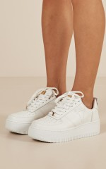 Windsor Smith - Racer Sneakers in white leather