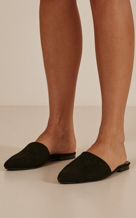 Therapy - Finney Mules in black micro