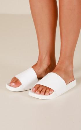 Windsor Smith - Inka Slides in white