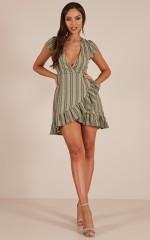 Short Straw dress in khaki