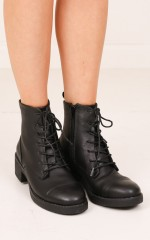 Therapy Shoes - Axel in black