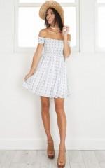 Bold Shoulder dress in white print