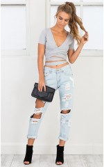 Hailey ripped jeans in light wash denim