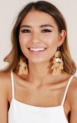 Try It Out earrings in tan