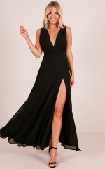 Wide Eyed Girl Maxi Dress in Black