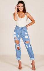 Lola jeans in mid wash denim
