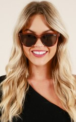 Quay - Primetime sunglasses in toffee and green