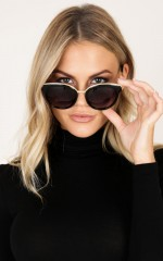 Record It Sunglasses in black and gold