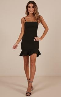 Tsunami dress in black