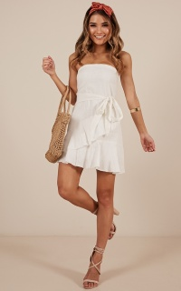 Calm Waves Dress In White Linen Look