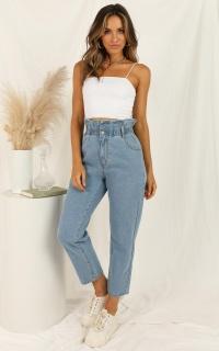Abbie Jeans In Light Blue Denim
